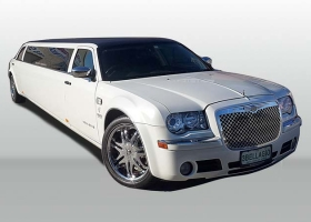 12-passenger-White-Chrysler-Limousine-Hire-Perth-Bellagio-Limousines