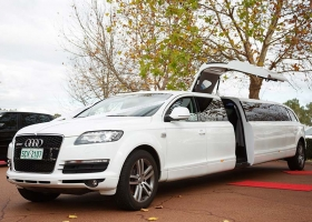 AUDI-Q7-Limousines-for-Hire-Perth-12 Passenger