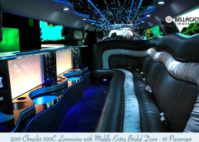 Limousines-in-perth-2bellagio-white-chrysler-limos-10-passenger-interior-6