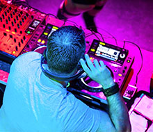 Perth-DJ-Hire-WEDDING-DJS-PERTH