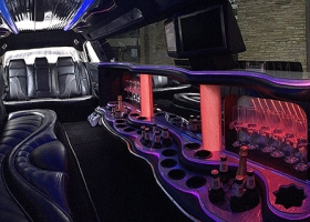 Limo-Hire-Perth-12-passenger-chrysler-bellagio-limousines