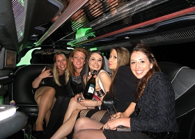 hens-night-limos-perth-bellagio-limousines