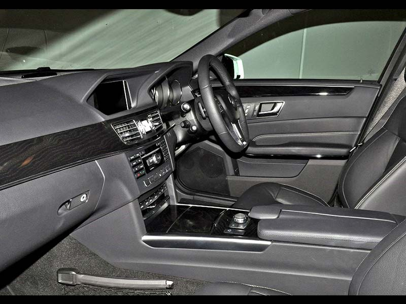 Pole Position from every seat -  - Bellagio Limousines Perth New E-Class Mercedes Benz Saloon