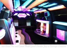 Limo-Hire-Perth-Grand-Jeep-Cherokee-12-Passenger-Limos-Int6