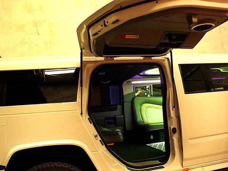 Limo-Hire-Perth-Jet-Hummer-Limousine005