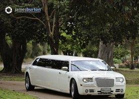 Limo-Hire-Perth-White-Chrysler-Limousines-Bellagio-Limousines-Perth003.jpg