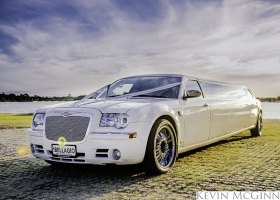 Limo-Hire-Perth-White-Chrysler-Limousines-Bellagio-Limousines-Perth002.jpg