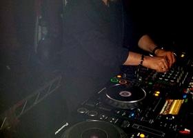 Wedding-DJ-Hire-Perth-DJ-Giorgio-Patino-Bellagio-Limousines-Perth-04052015-004.jpg