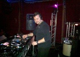 Wedding-DJ-Hire-Perth-DJ-Giorgio-Patino-Bellagio-Limousines-Perth-04052015-006.jpg