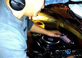 Wedding-DJ-Hire-Perth-DJ-Giorgio-Patino-Bellagio-Limousines-Perth-04052015-010.jpg