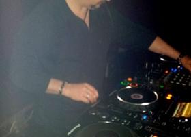 Wedding-DJ-Hire-Perth-DJ-Giorgio-Patino-Bellagio-Limousines-Perth-04052015-008.jpg