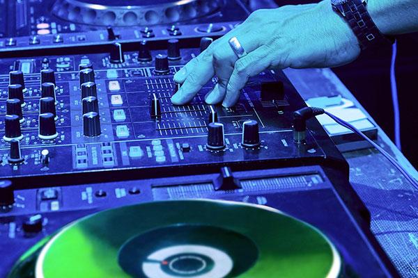 Wedding-DJ-Hire-Perth-DJ-Giorgio-Patino-015.jpg