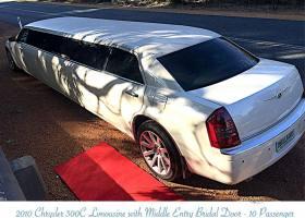 Limousines-in-perth-2bellagio-white-chrysler-limos-10-passenger-exterior-1