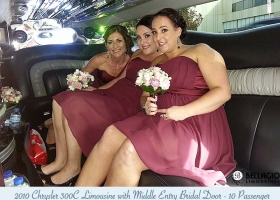 Limousines-in-perth-2bellagio-white-chrysler-limos-10-passenger-interior-4