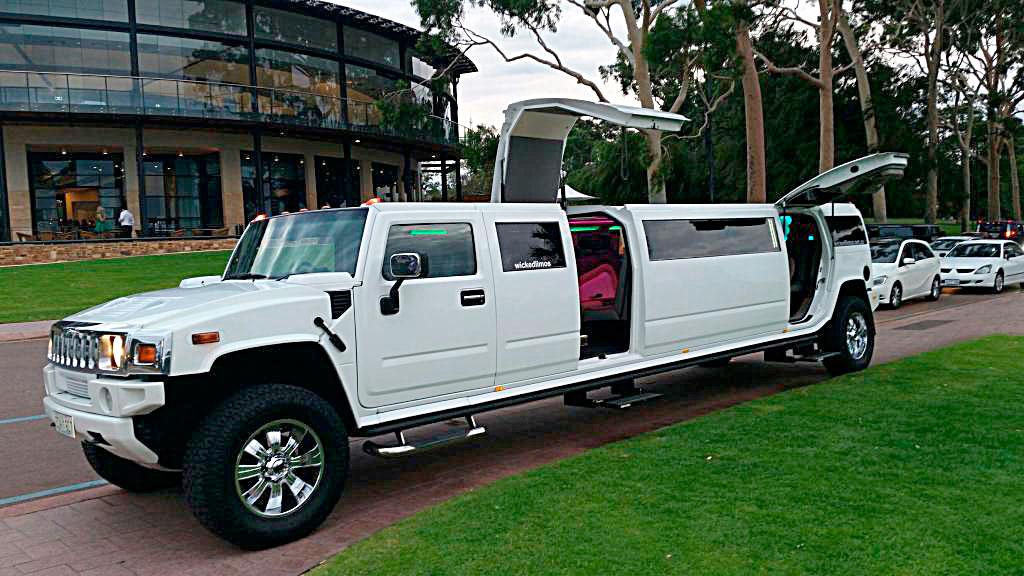 Jet-Door-Hummer-Limousines-in-Perth