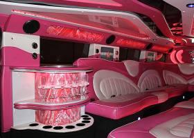 Pink-Hummer-Hire-Perth-Bellagio-Limousines-Interior-Picture