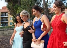 limo-hire-school-ball-perth-bellagio-limousines